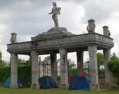 Adunata degli alpini a Bergamo, cimitero di Redona, maggio 2010; cimitero di redona; foto di Marco Lazzari, immagine di pubblico dominio, public domain picture